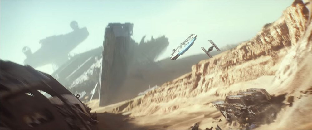 rey-finn-millennium-falcon-escaping-jakku