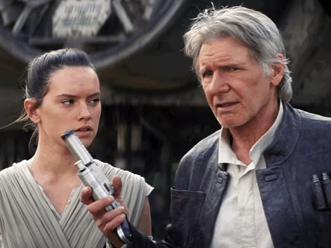 han-solo-passes-the-torch-in-new-star-wars-the-force-awakens-footage