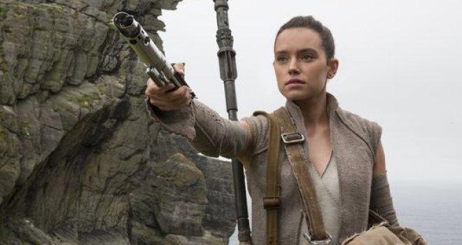 Rey with saber.jpeg
