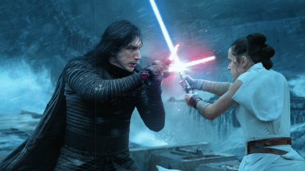 Rey-and-Kylo-Death-Star-
